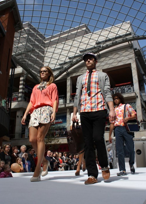 'Beauty and the Geek' fashion for guys and girls