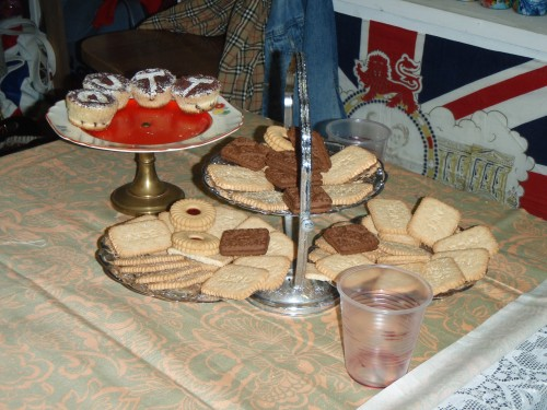 Mmm... shotgun a jammy dodger!