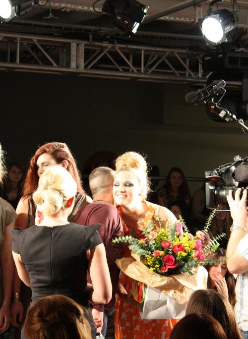 Mark-Heyes-congratulates-winner-Lindsey-O'Hagan