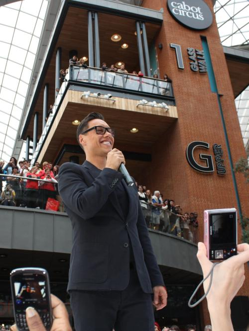 Gok's photocall at Cabot Circus