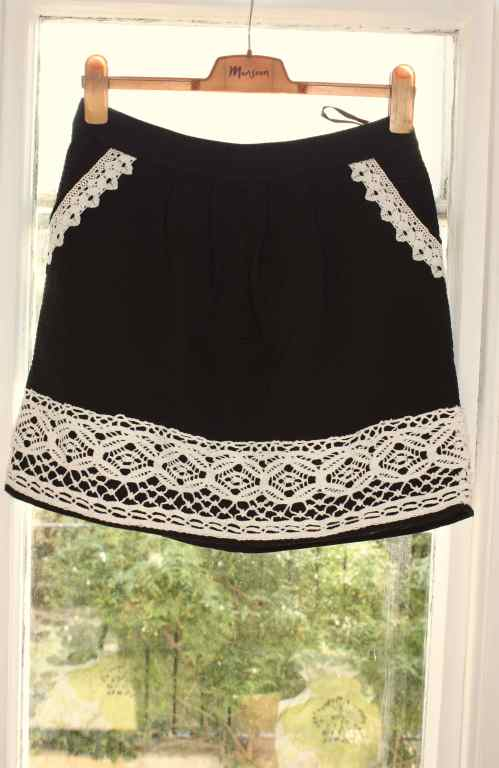 Monsoon black and white skirt