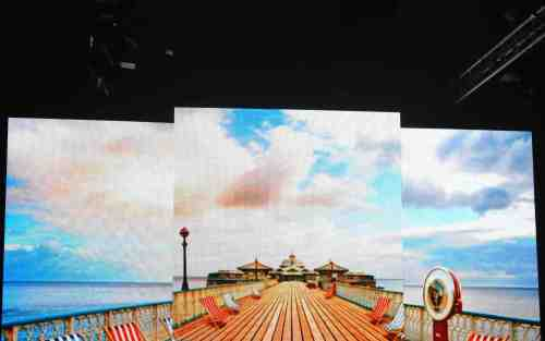 BFW beach backdrop - one of the many awesome graphics from the show