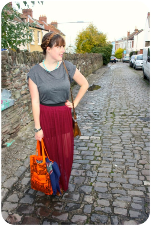 Grey H&M t-shirt, maroon Primark maxi skirt and Holly Fulton Designer Outlet Fashion Month bag