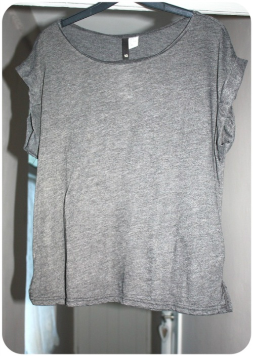 Grey H&M t-shirt