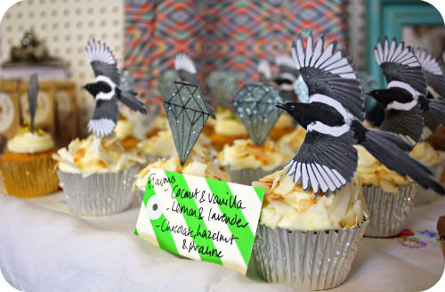 Pearly King Cake cupcakes