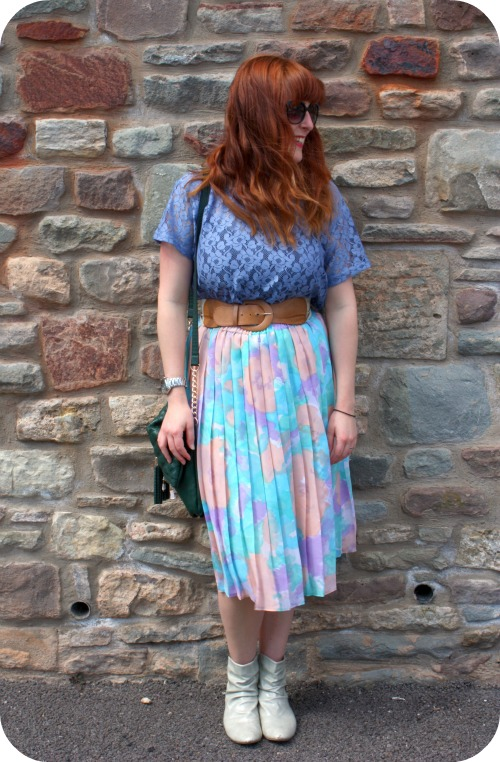 Vintage skirt with H&M t-shirt and Primark boots and H&M lace t-shirt