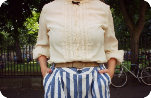 Heartfelt vintage blouse and Zara shorts