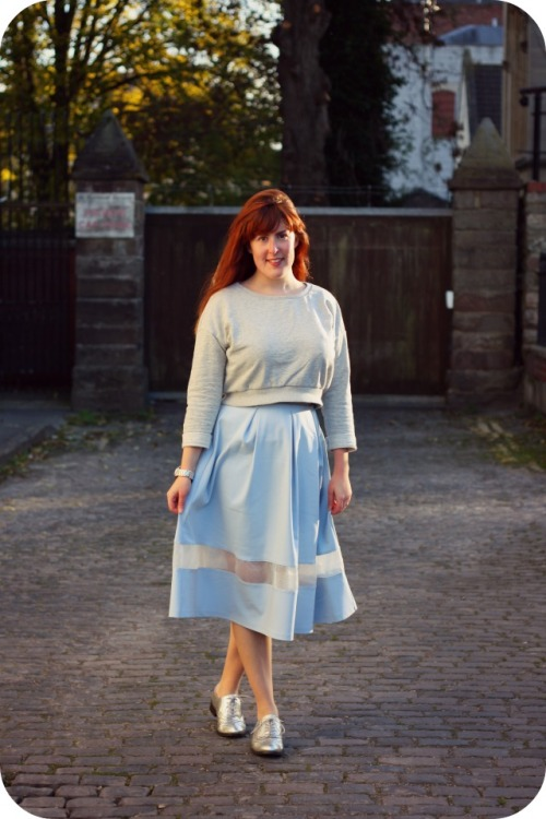 Zara cropped sweatshirt and powder blue Topshop skirt